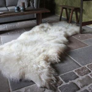schapenvachtvloerkleedbutttobuttmaatwerk