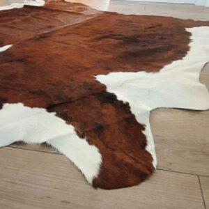 gemengde zwart wit koeienhuid vloerkleed