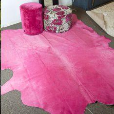 fel roze geverfde koeienhuid